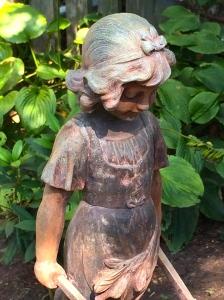 girl-statue