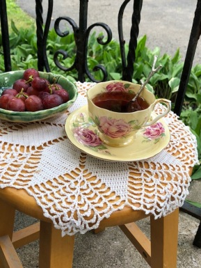 Tea:front porch